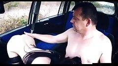 Mirek si koupil mladou děvku na sex 😍😍😍